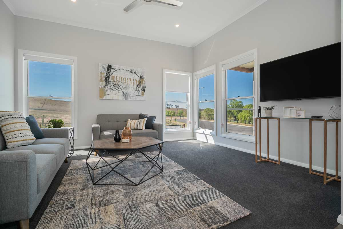 Hinton — Cookes Hill — Living Area